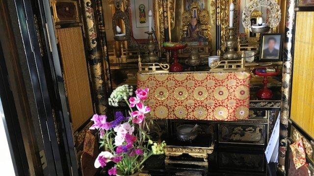 仏壇の飾り方・置き方について(曹洞宗・真言宗・浄土真宗の違いなど)