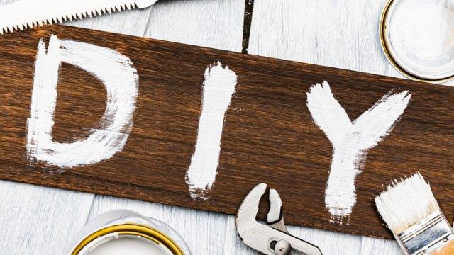 DIYのアクリル絵の具の使い方!ダイソー等100均でもOK!